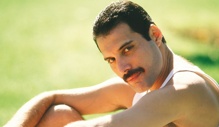 Freddie_Mercury_Big_Sep_05